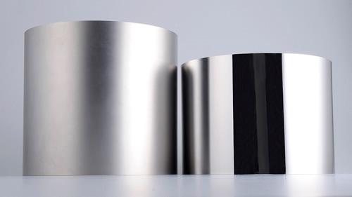 鏡面加工前(ブラスト加工)、鏡面加工後スリーブ表面比較写真例